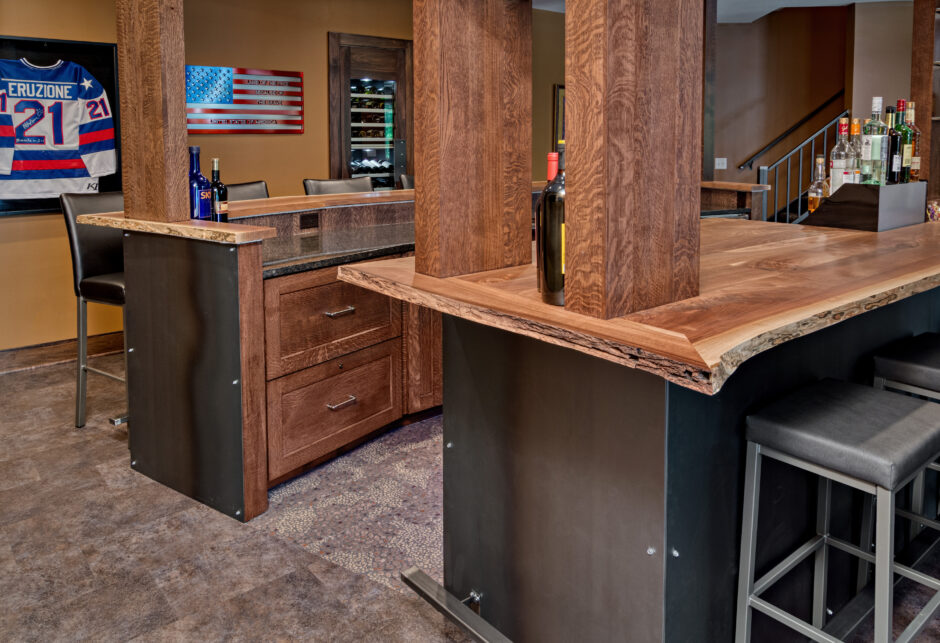 Bar steel panel ends live edge